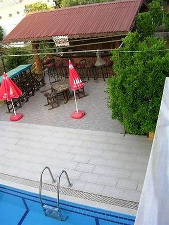 Photo 2 - Besik Hotel Fethiye
