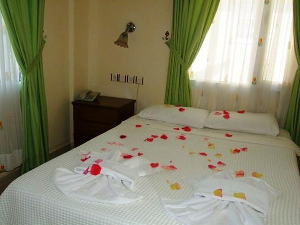 Photo 3 - Besik Hotel Fethiye
