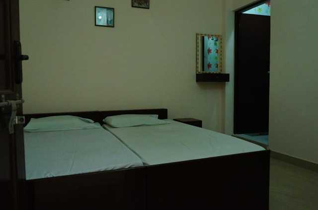 Photo 2 - Friends Guesthouse in Agra