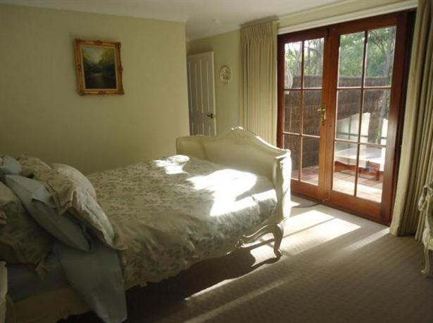 Photo 3 - Bickley Valley Retreat Bed & Breakfast