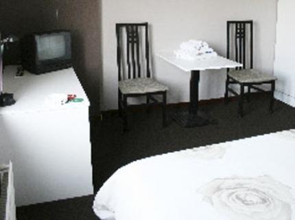 Photo 3 - Hotel La Cascada