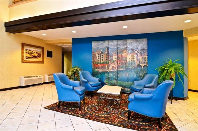 Photo 2 - BEST WESTERN Inn & Suites at Discovery Kingdom