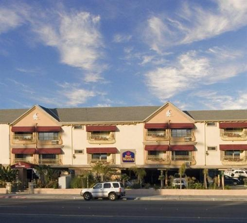 Photo 1 - BEST WESTERN Harbour Inn & Suites