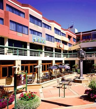 Photo 2 - Courtyard by Marriott Fisherman's Wharf