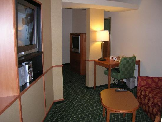 Photo 3 - Fairfield Inn & Suites Sacramento Airport Natomas