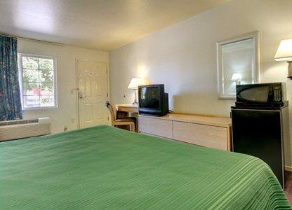 Photo 2 - Quality Inn State University Fresno (California)
