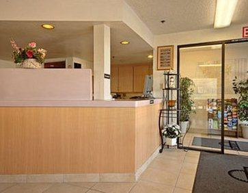 Photo 3 - Days Inn South Fresno (California)