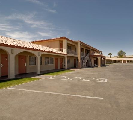Photo 1 - Americas Best Value Inn Blythe