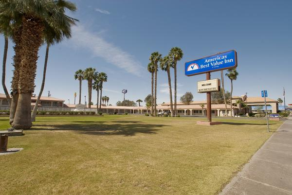 Photo 2 - Americas Best Value Inn Blythe