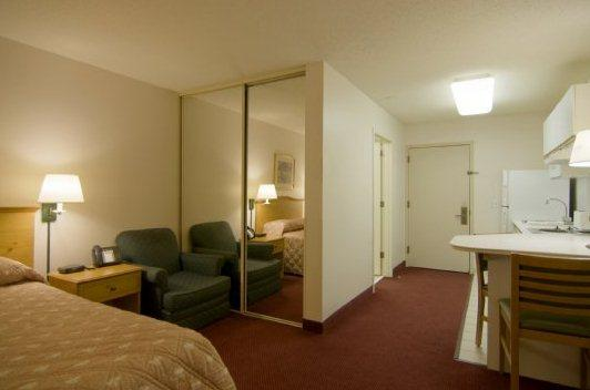 Photo 3 - Homestead Studio Suites Lombard/Oak Brook