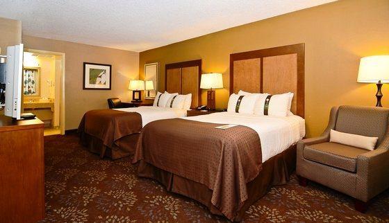 Photo 3 - Holiday Inn El Paso-Airport I-10