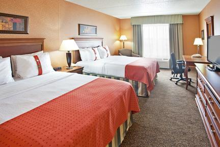 Photo 3 - Holiday Inn Bolingbrook
