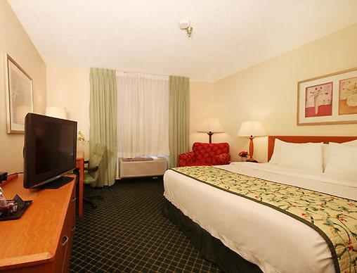 Photo 2 - Fairfield Inn Iowa City Coralville