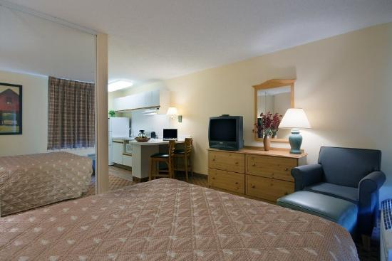 Photo 2 - Extended Stay America - Atlanta - Marietta - Powers Ferry Rd.