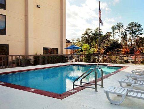 Photo 3 - Hampton Inn Tallahassee Central