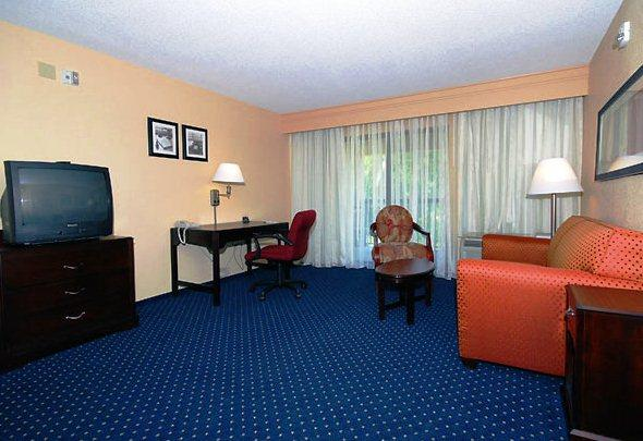 Photo 2 - Courtyard by Marriott Tallahassee North I-10 Capital Circle