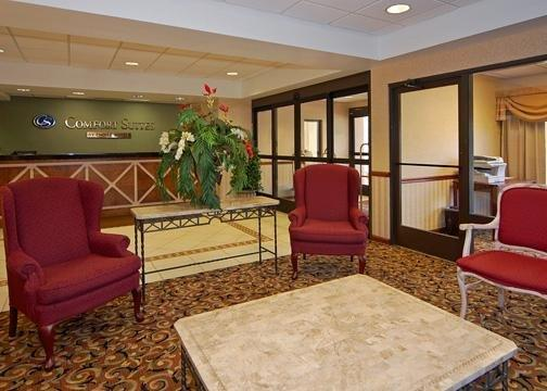 Photo 3 - Comfort Suites Tallahassee
