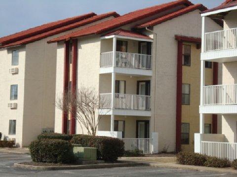 Photo 1 - Americas Best Value Inn & Suites North Davis Pensacola