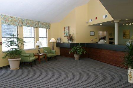 Photo 2 - Americas Best Value Inn & Suites North Davis Pensacola
