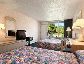 Photo 3 - Super 8 Motel Orlando Lakeside Kissimmee