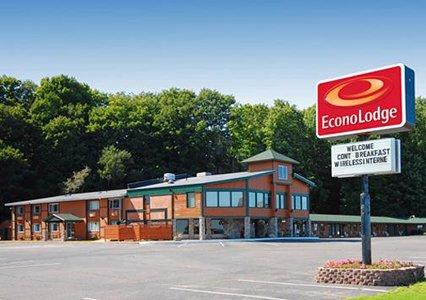 Photo 1 - Econo Lodge Lakeside