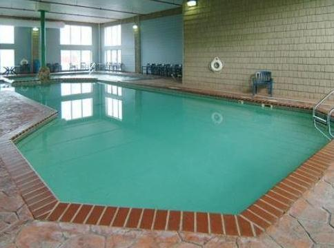 Photo 3 - Comfort Suites Mackinaw City
