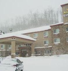Photo 1 - Holiday Inn Express Houghton - Keweenaw