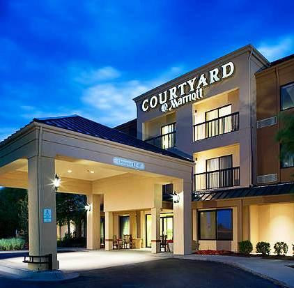Photo 1 - Courtyard by Marriott Wichita East