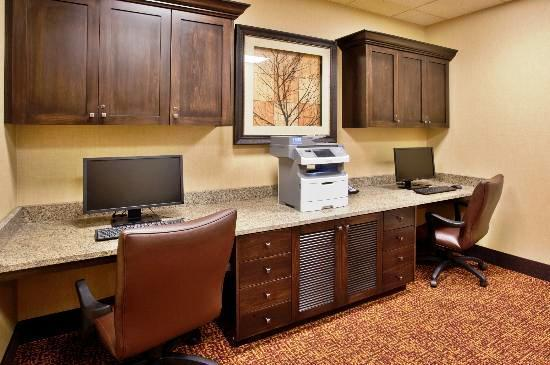 Photo 1 - Hampton Inn Idaho Falls Airport