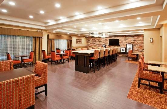 Photo 2 - Hampton Inn Idaho Falls Airport
