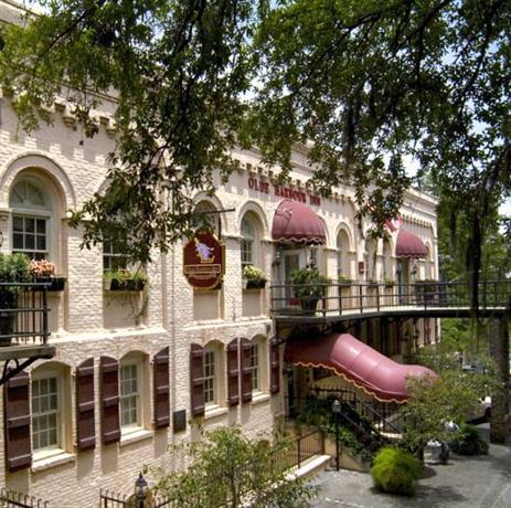 Photo 3 - Olde Harbour Inn