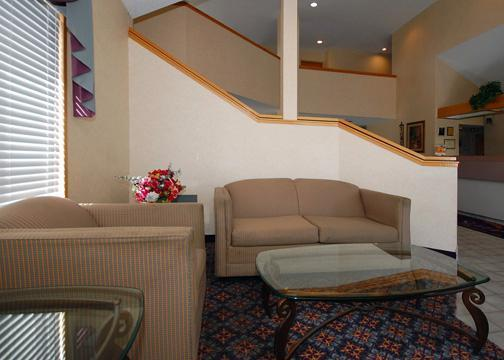 staybridge suites savannah historic district 301 east bay. Black Bedroom Furniture Sets. Home Design Ideas