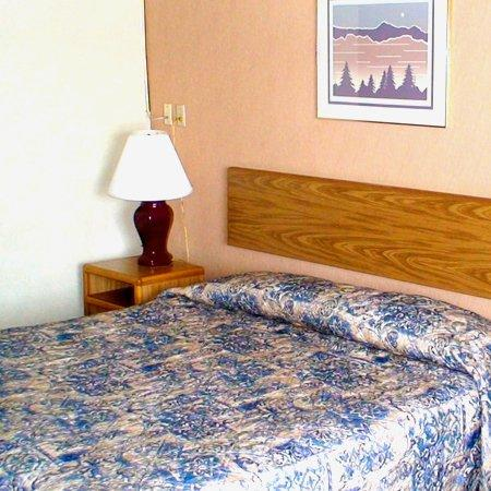 Photo 3 - Budget Inn Express Bismarck