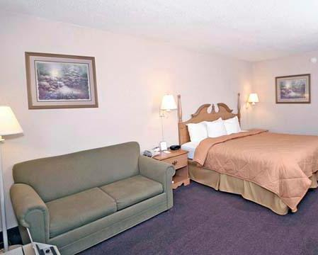 Photo 2 - Comfort Suites Winston Salem/ Hanes Mall