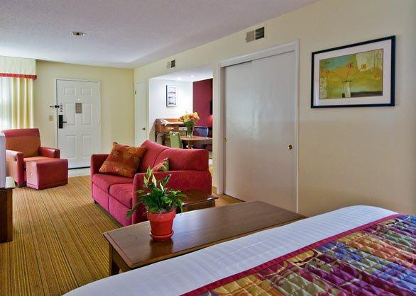 Photo 3 - Residence Inn Raleigh
