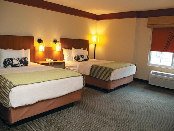 Photo 3 - La Quinta Inn & Suites Raleigh Crabtree