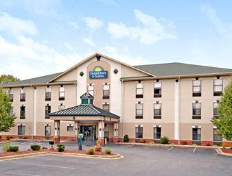 Photo 1 - Days Inn & Suites Morganton