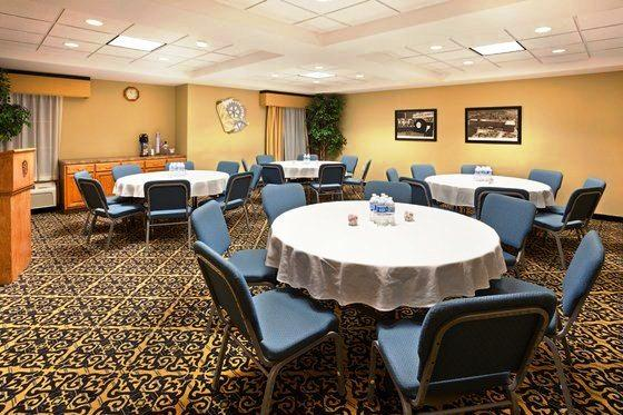 Photo 2 - Holiday Inn Express Gastonia