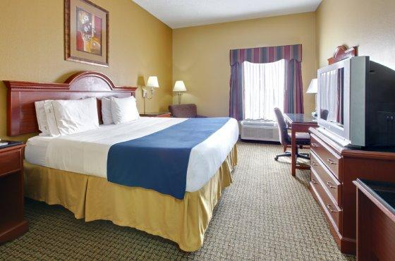 Photo 2 - Holiday Inn Express Southaven