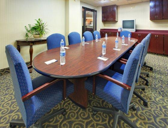 Photo 3 - Holiday Inn Express Southaven