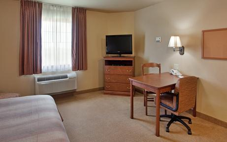 Photo 3 - Candlewood Suites St Robert