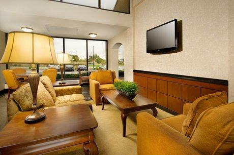 Photo 3 - Drury Inn & Suites Westport-St. Louis