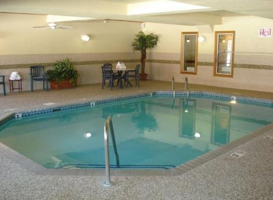 Photo 2 - Country Inn & Suites By Carlson Shakopee