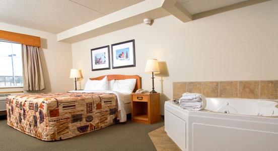 Photo 1 - AmericInn Lodge & Suites Tofte - Lake Superior