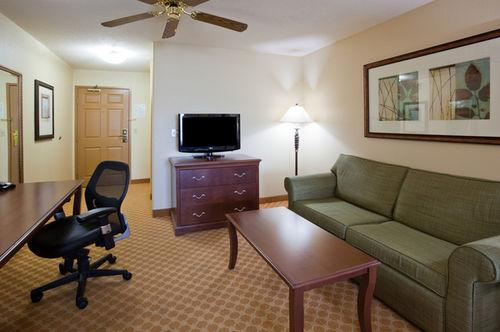 Photo 1 - Country Inn & Suites By Carlson Owatonna