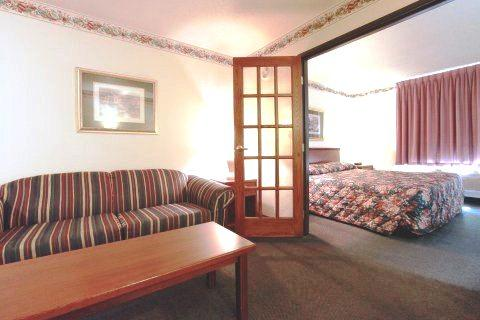 Photo 3 - Super 8 Motel Northfield