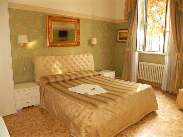 Photo 3 - Hotel Sleeping Beauty Rome