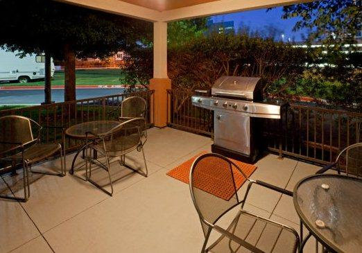 Photo 1 - Candlewood Suites - Dallas by the Galleria