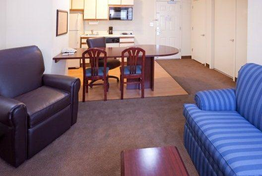 Photo 2 - Candlewood Suites - Dallas by the Galleria