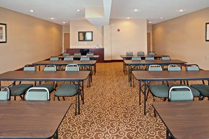 Photo 2 - Holiday Inn Express Hotel & Suites Sharonville